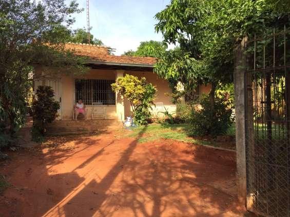 Vendo casa en barrio de las mercedes. ciudad de san lorenzo.