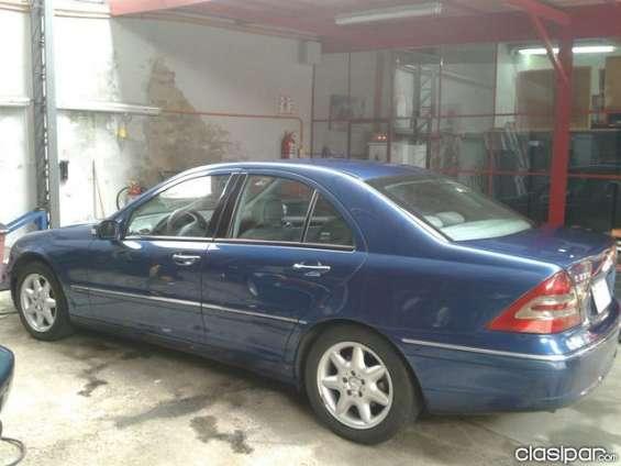 Ofertisima!!! mercedes benz c 270 cdi sedan 2002 azul automático del representante