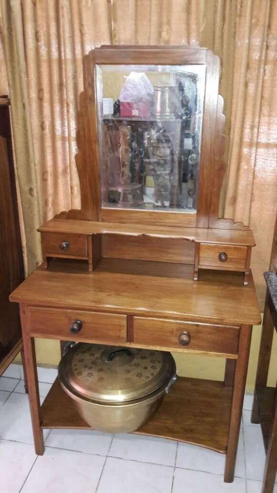 Compro todo tipo de muebles antiguos
