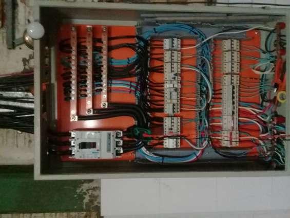 Fotos de Instalador electrico especializado precios competitivos 3